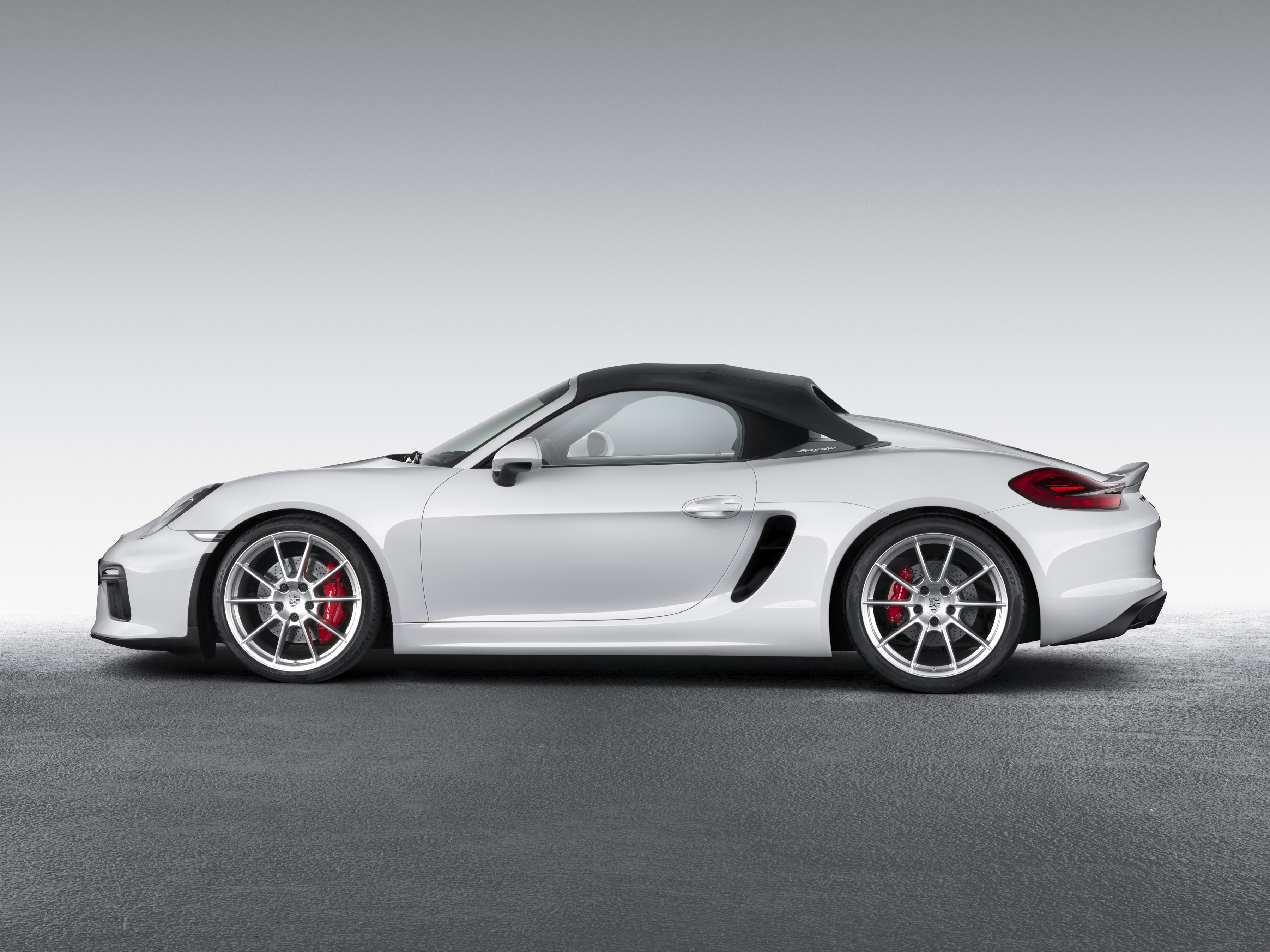 Porsche 2016 Boxster Spyder - profil / side face - close