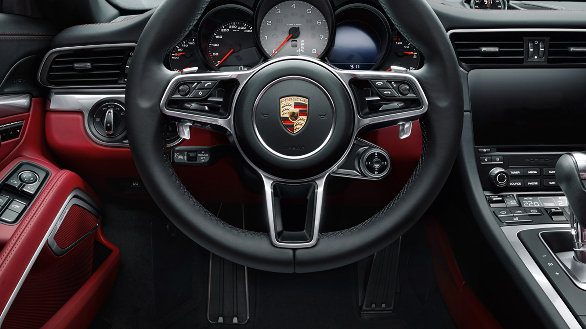 Porsche 911 carrera byebye flat6 atmo hello flat6 turbo for Porsche 918 interieur