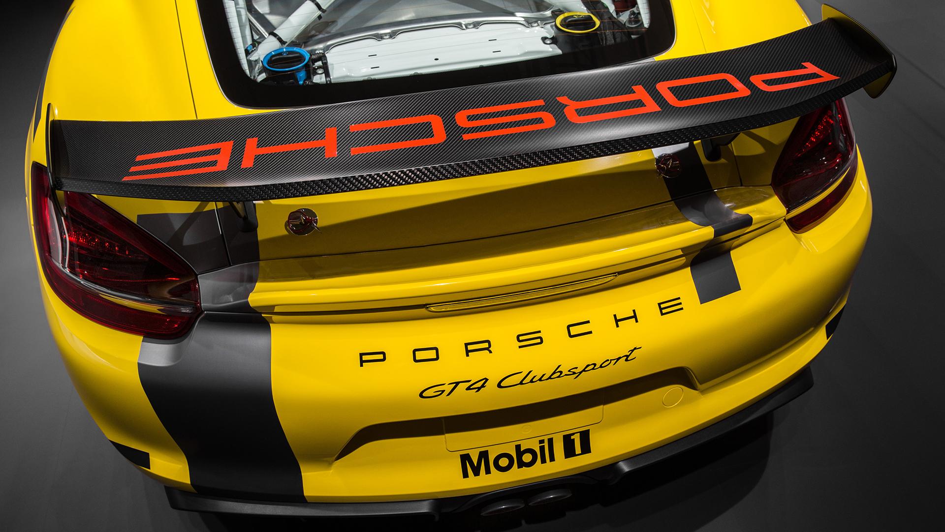 Porsche Cayman GT4 Clubsport - 2015 - zoom vue arrière / rear zoom view
