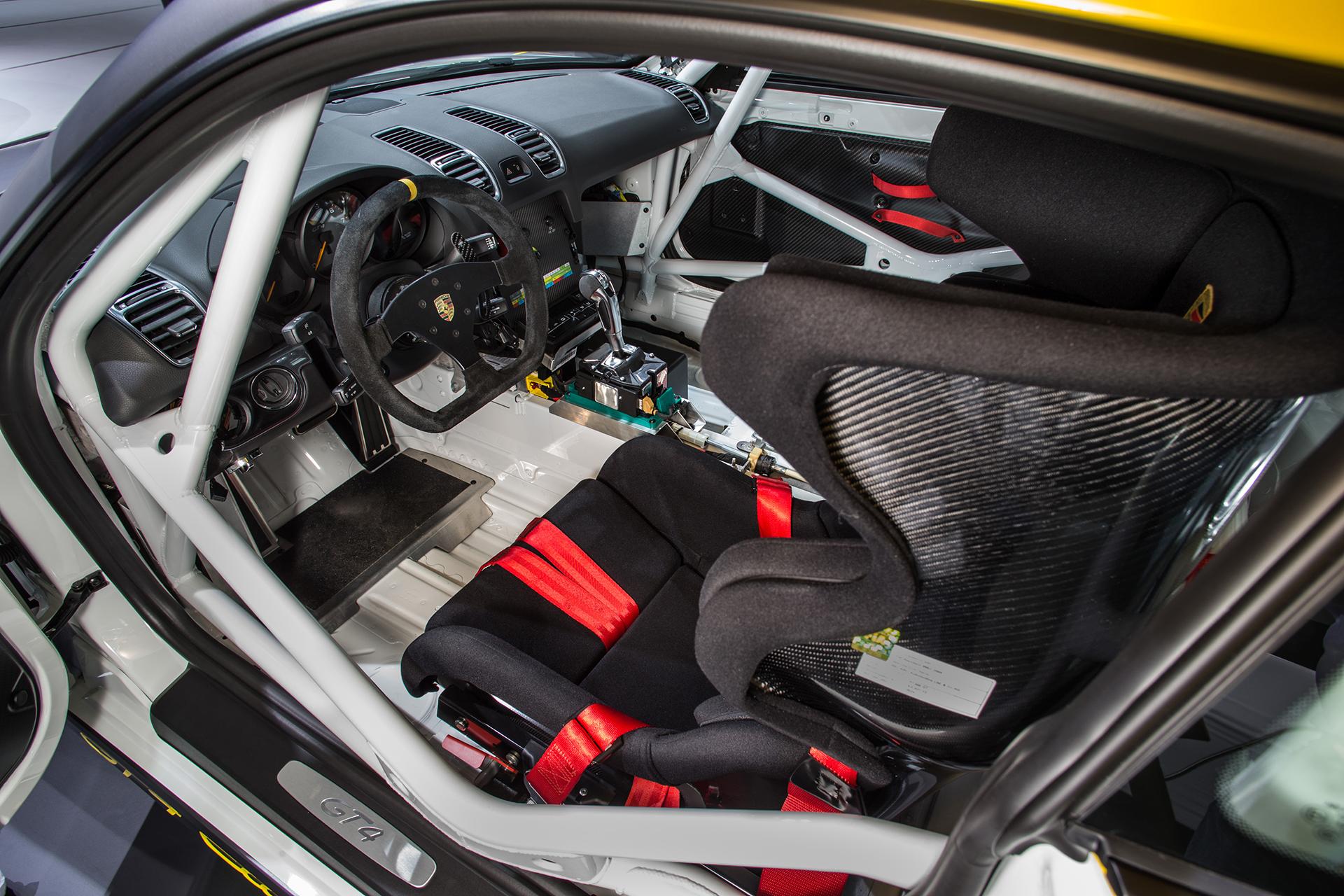 Porsche Cayman GT4 Clubsport - 2015 - volant sport / racing wheel