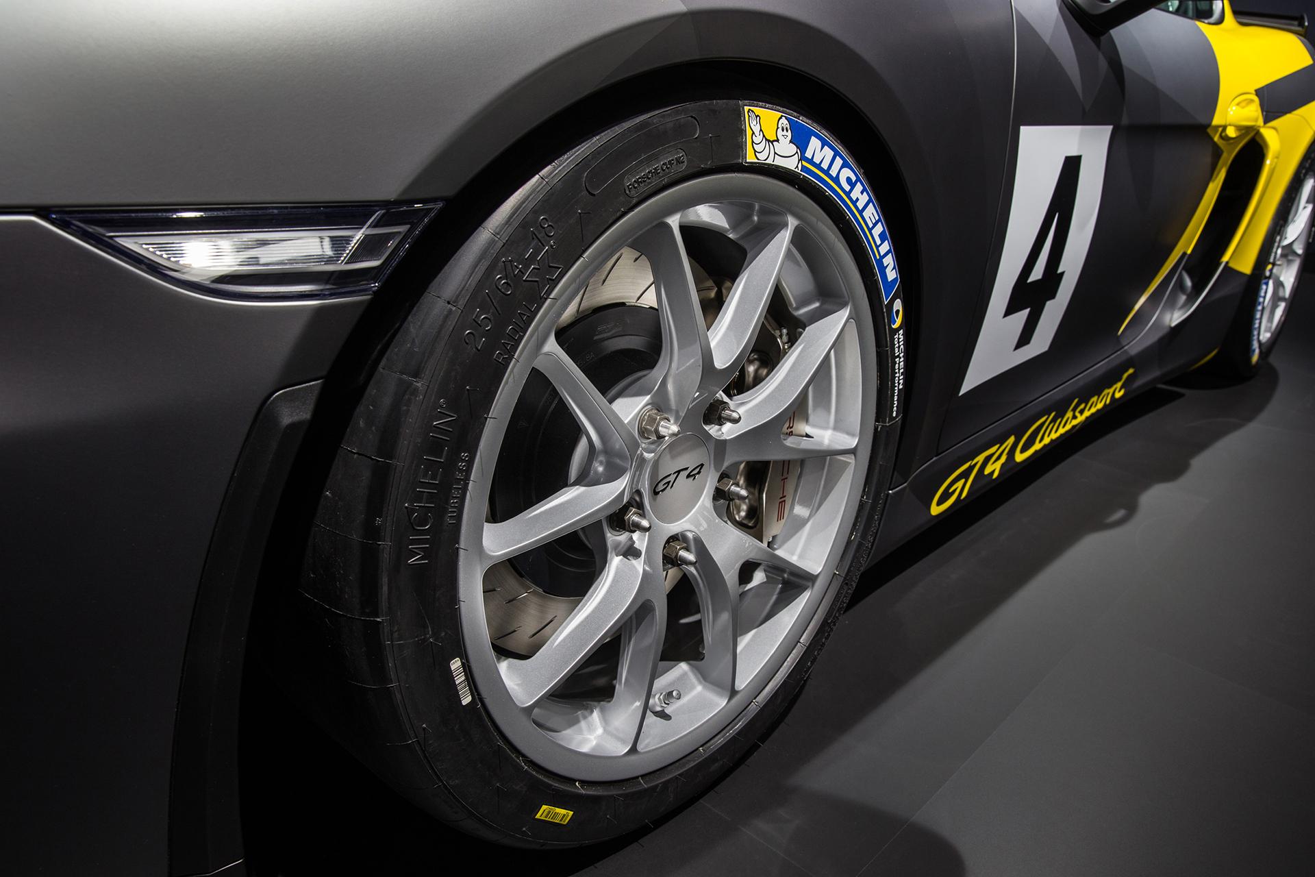 Porsche Cayman GT4 Clubsport - 2015 - slick