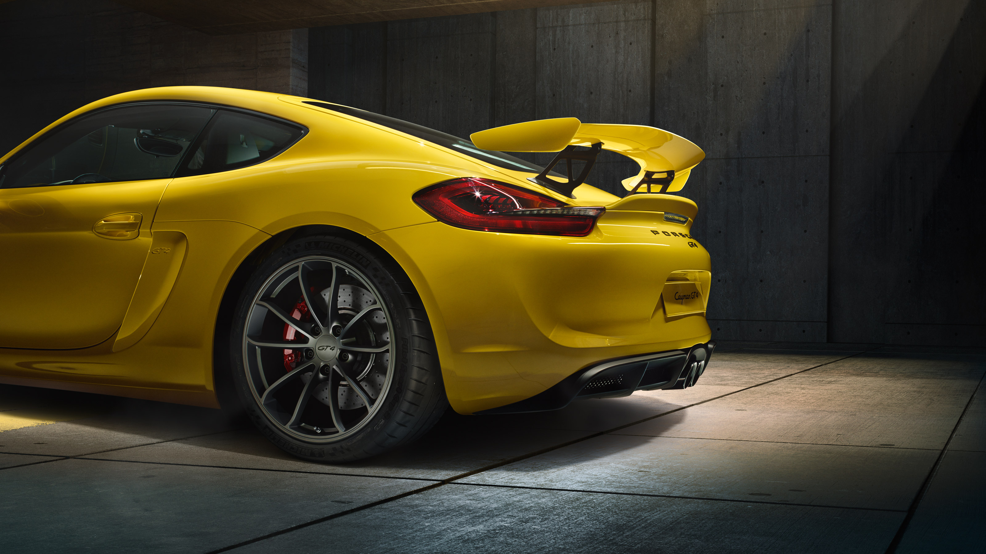 Porsche Cayman GT4 - arrière et jante