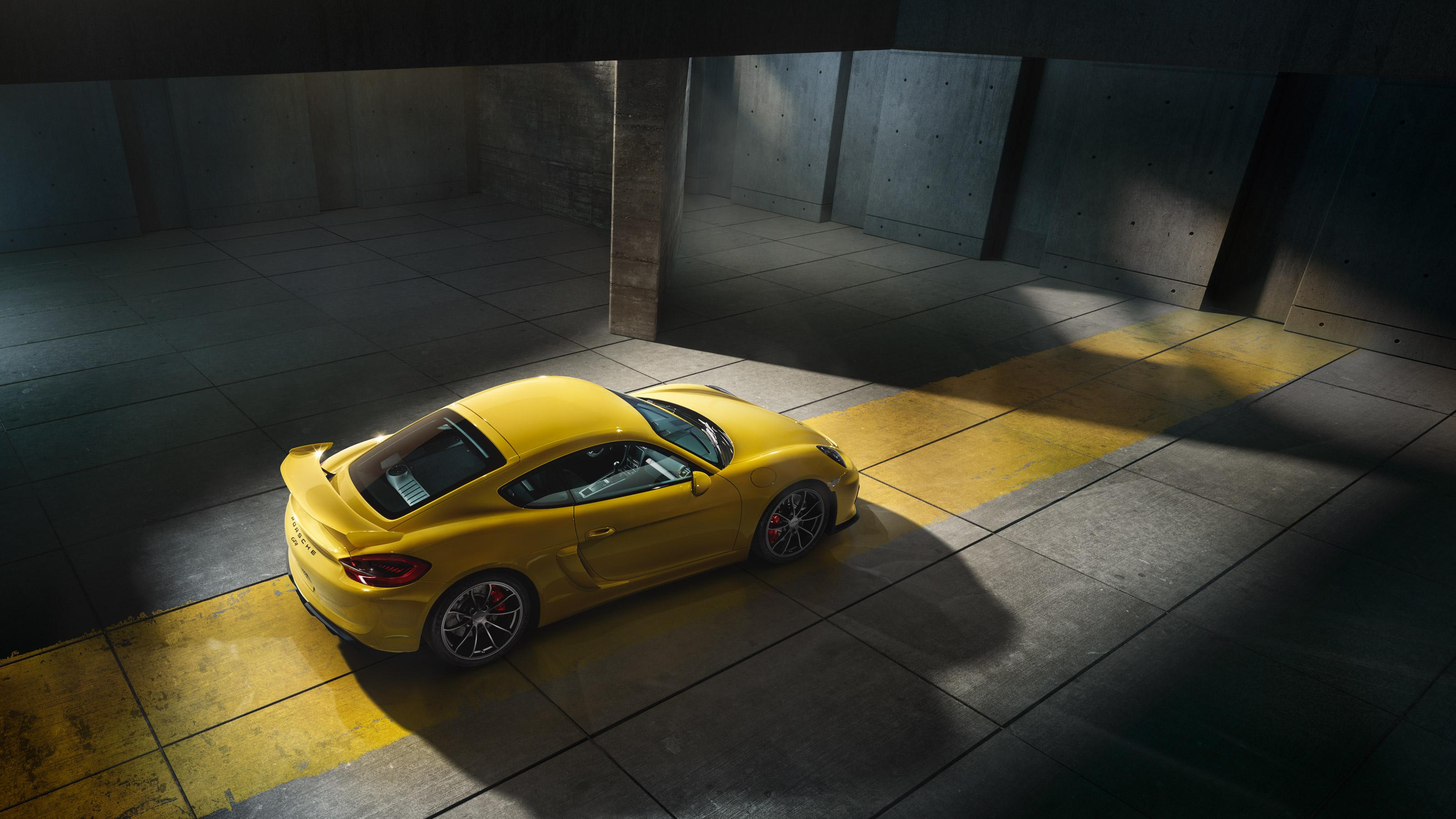 Porsche Cayman GT4 - toit