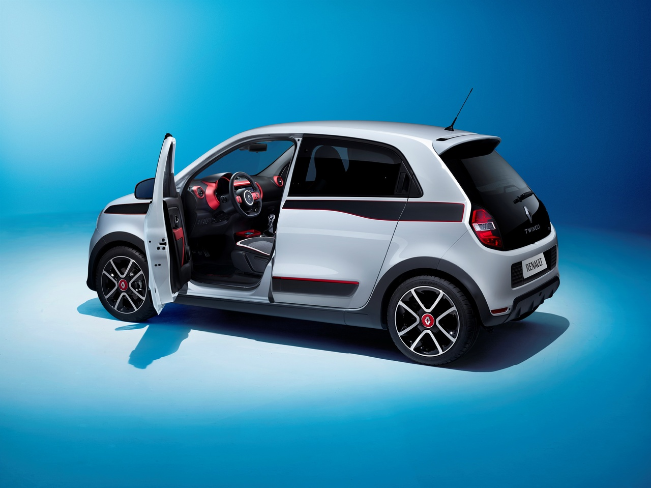 twingo 3 me g n ration une renault moderne smart 500. Black Bedroom Furniture Sets. Home Design Ideas