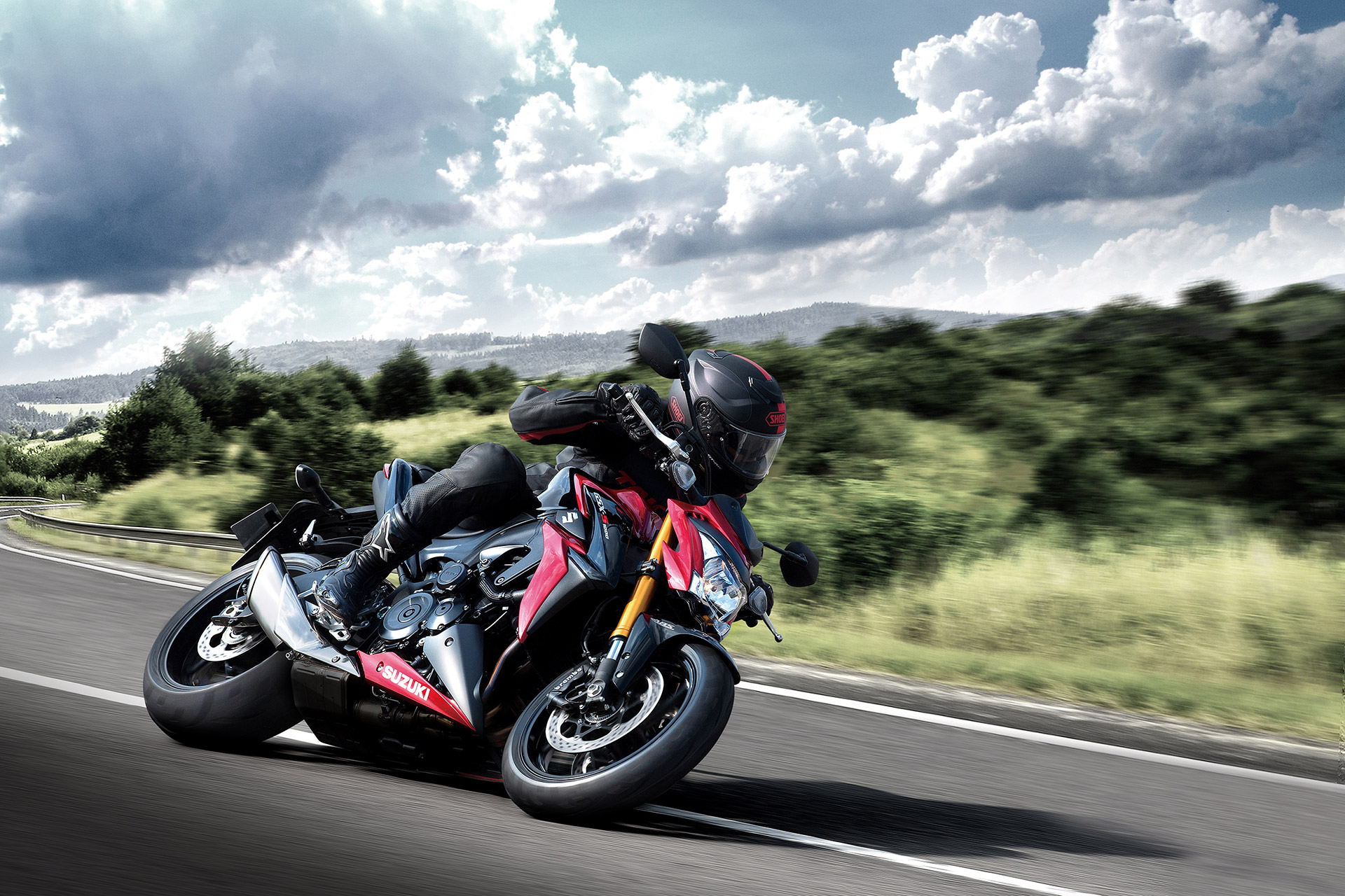 Suzuki GSX S1000 - on road / sur route