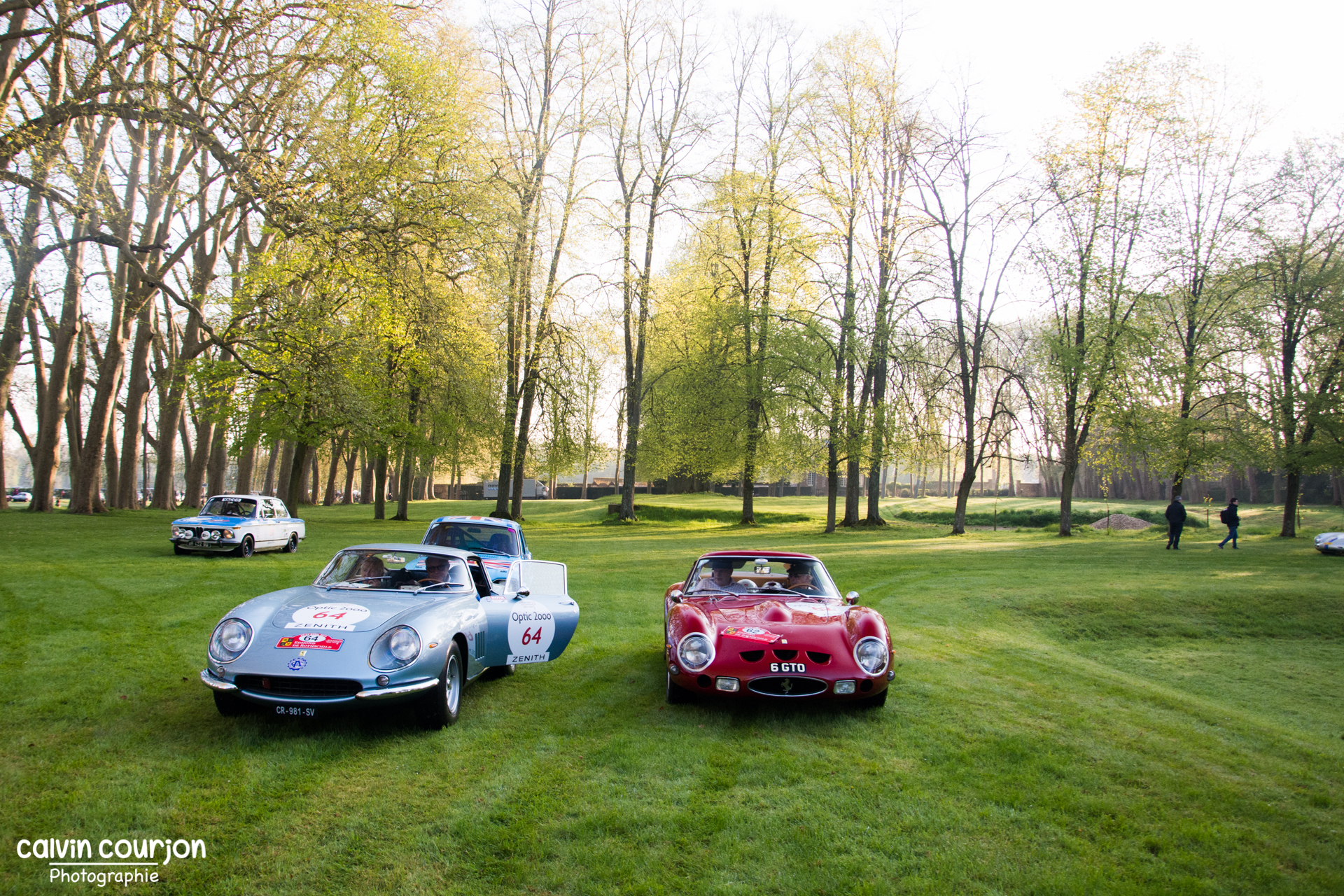 Ferrari 275 GTB (bleue) et Ferrari 250 GTO (rouge) - Tour Auto 2015 - Calvin Courjon Photographie
