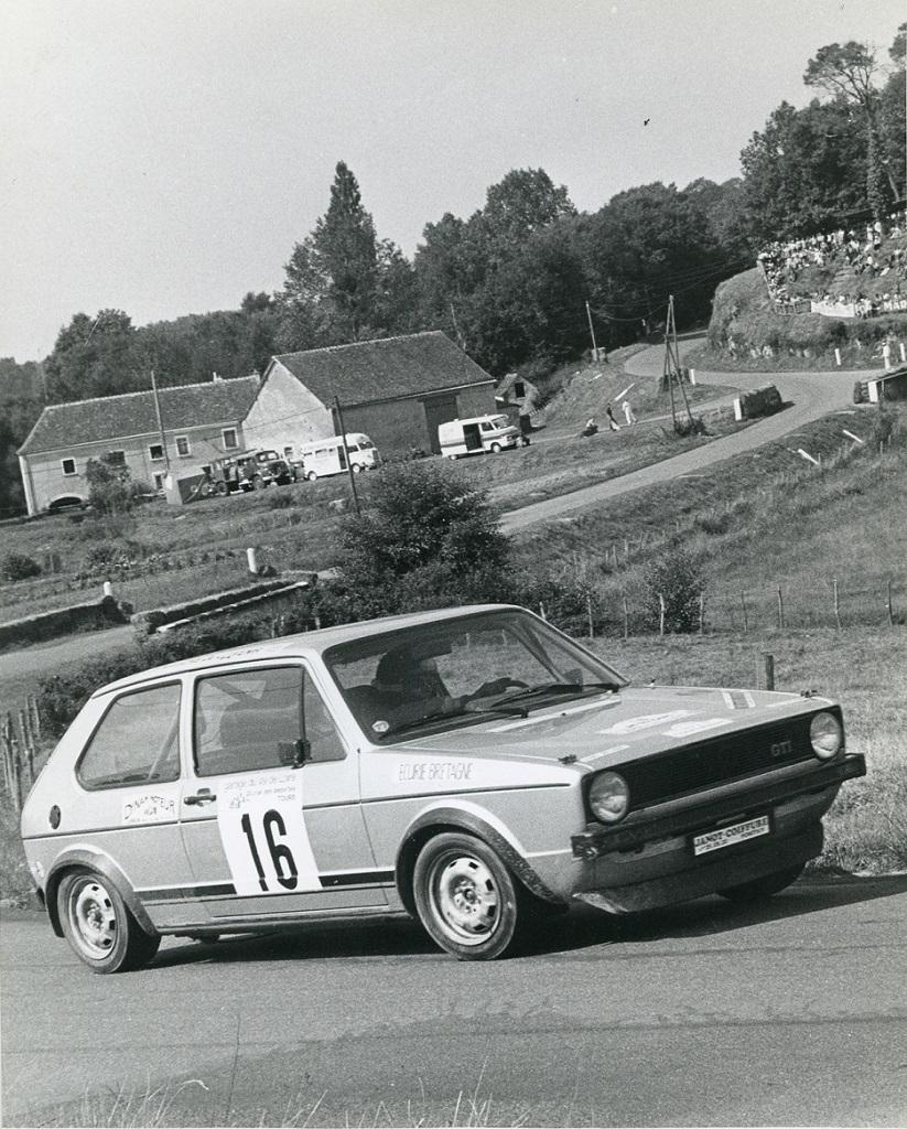 Thierry Le Bras  en course en GTi  - Rallyes Véhicules Historiques de Compétition