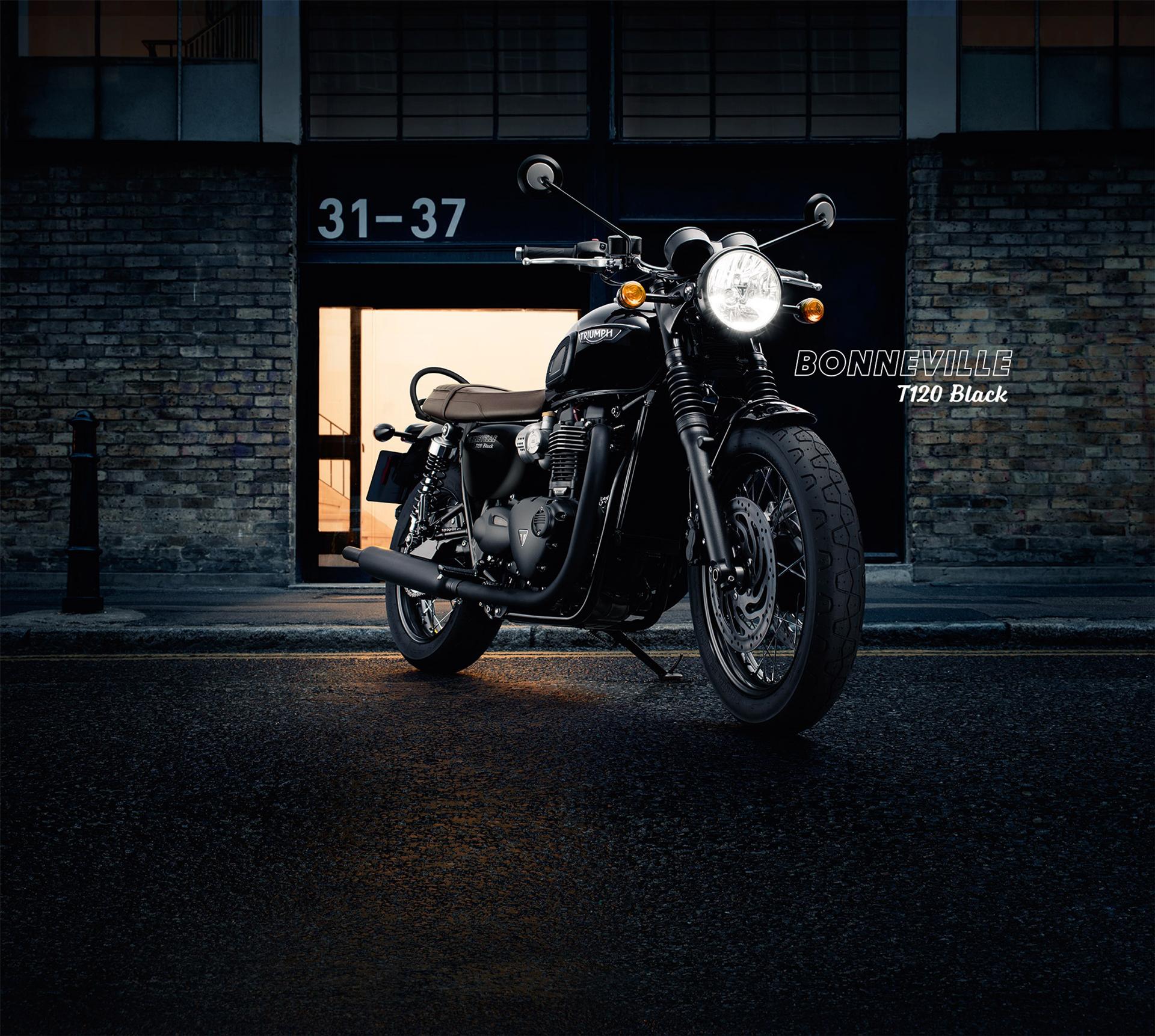 Triumph Bonneville T120 Black - 2016 - profil avant