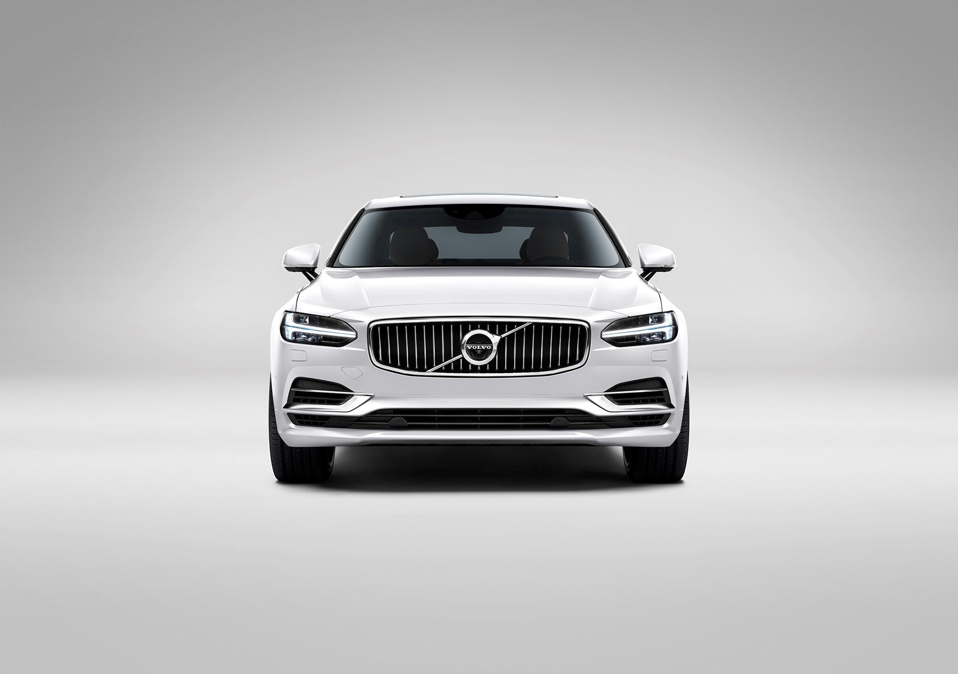 Volvo S90 - 2016 - front / avant