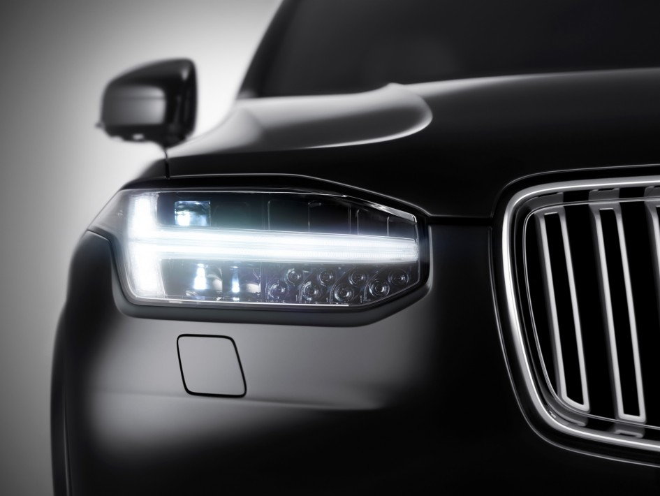 Volvo XC90 Excellence - front LED / optique avant
