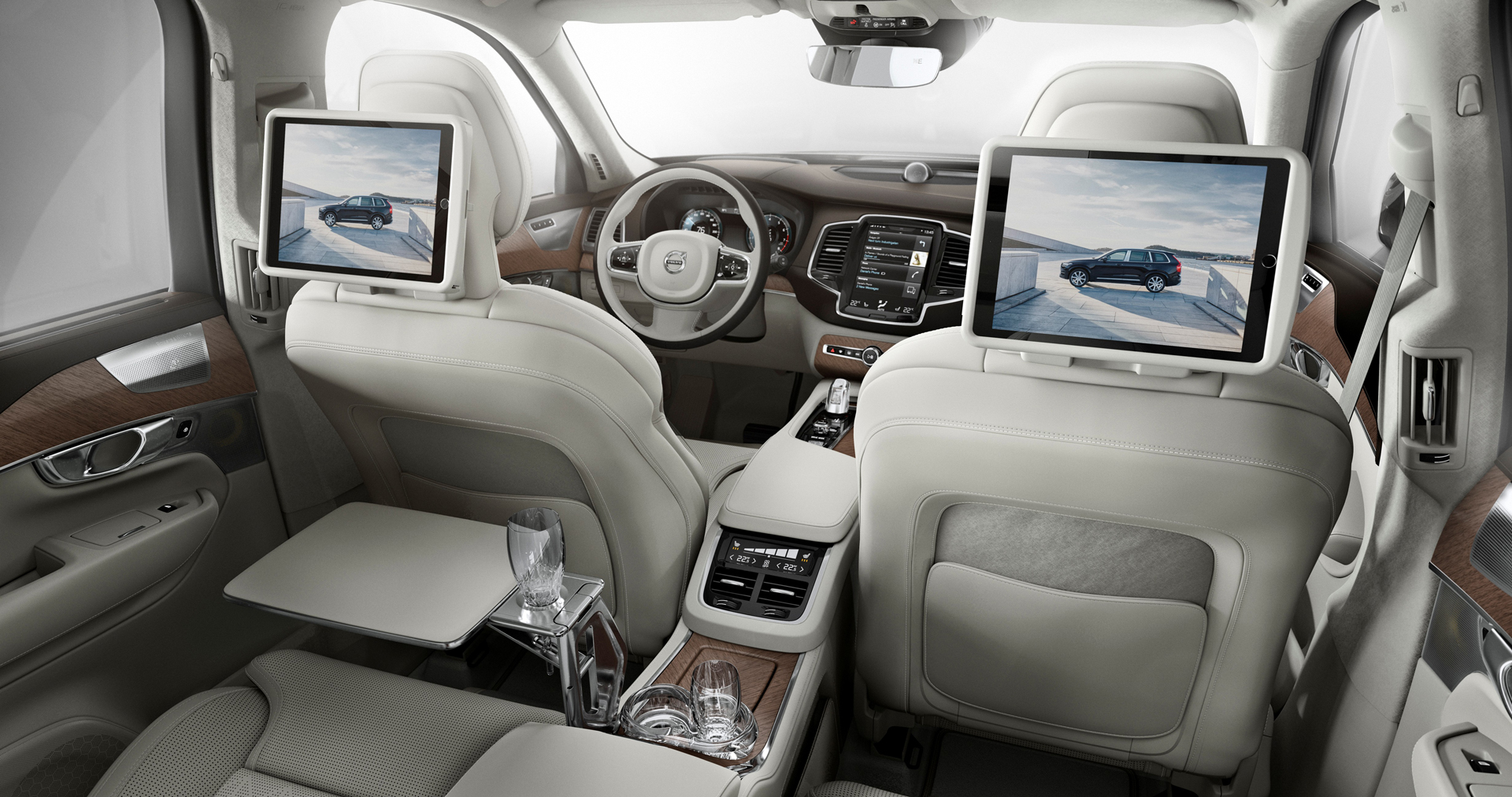Volvo xc90 le suv the best design au moteur hybrid 400 ch for Interieur xc90