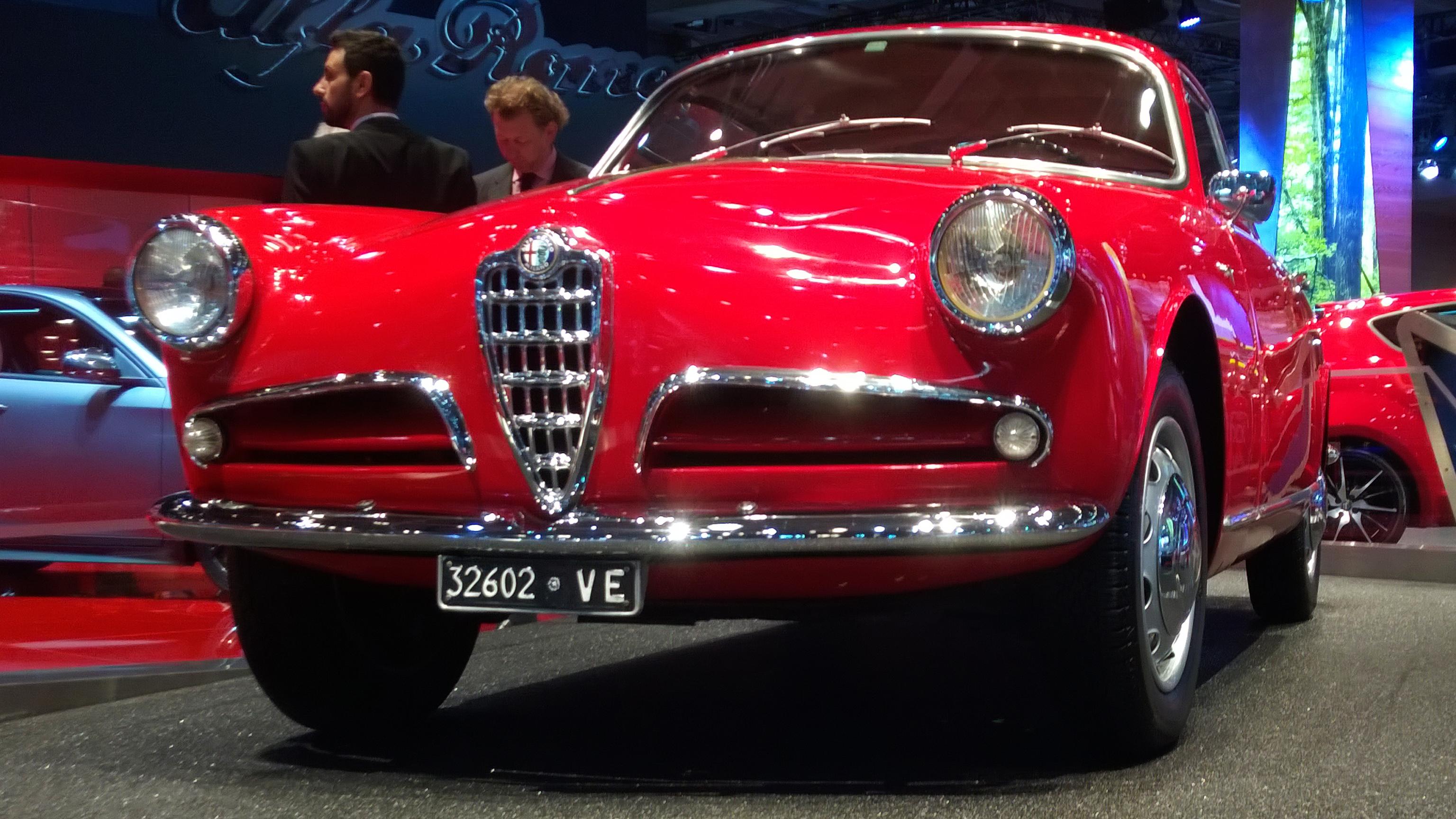 Alfa Romeo Giulietta Sprint - Paris 2014 - DESIGNMOTEUR
