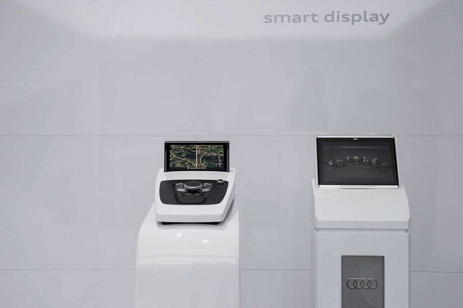 Audi Smart Display - CES 2014
