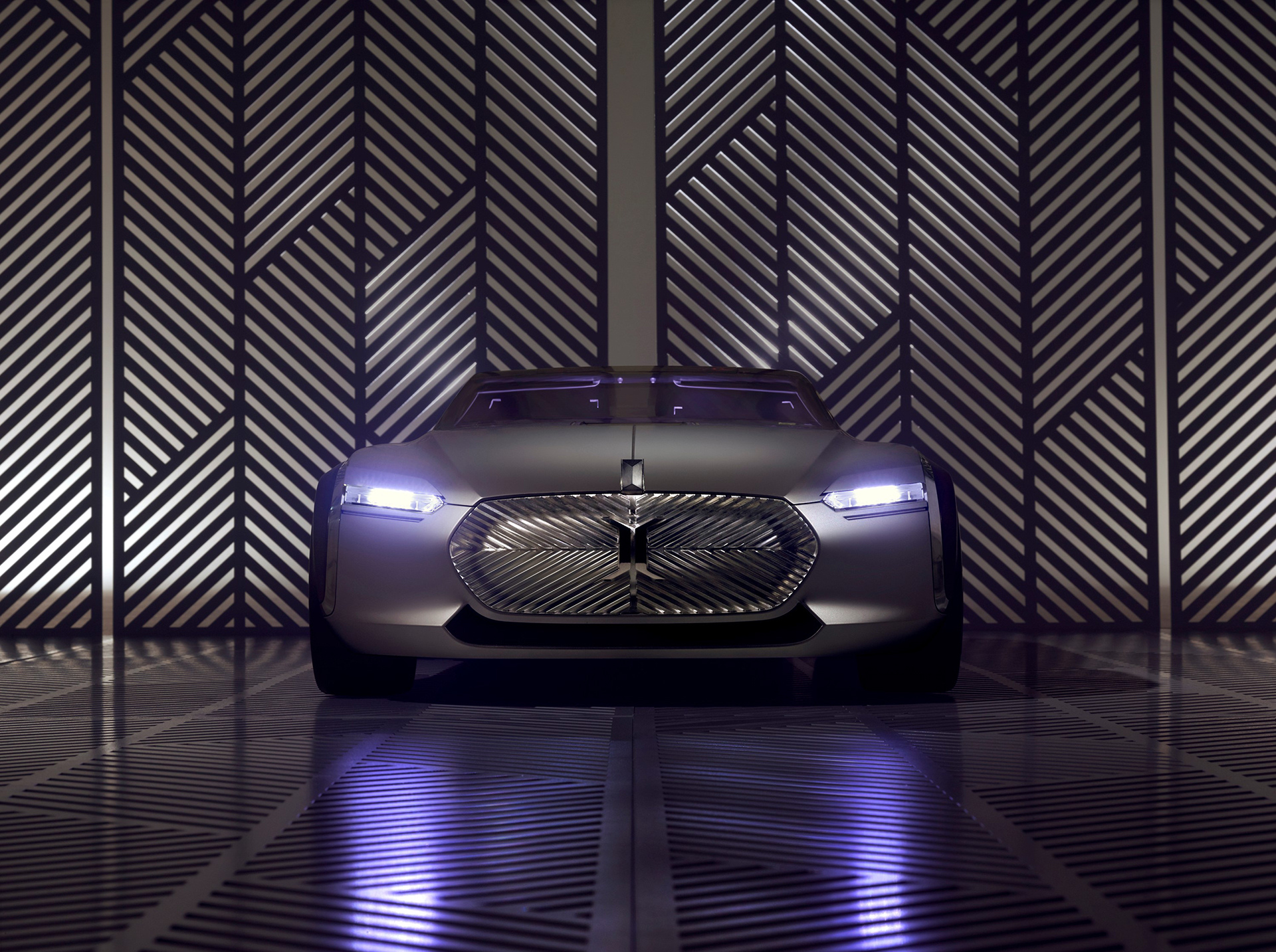Coupé Corbusier Concept - 2015 - avant / front - Design Groupe Renault