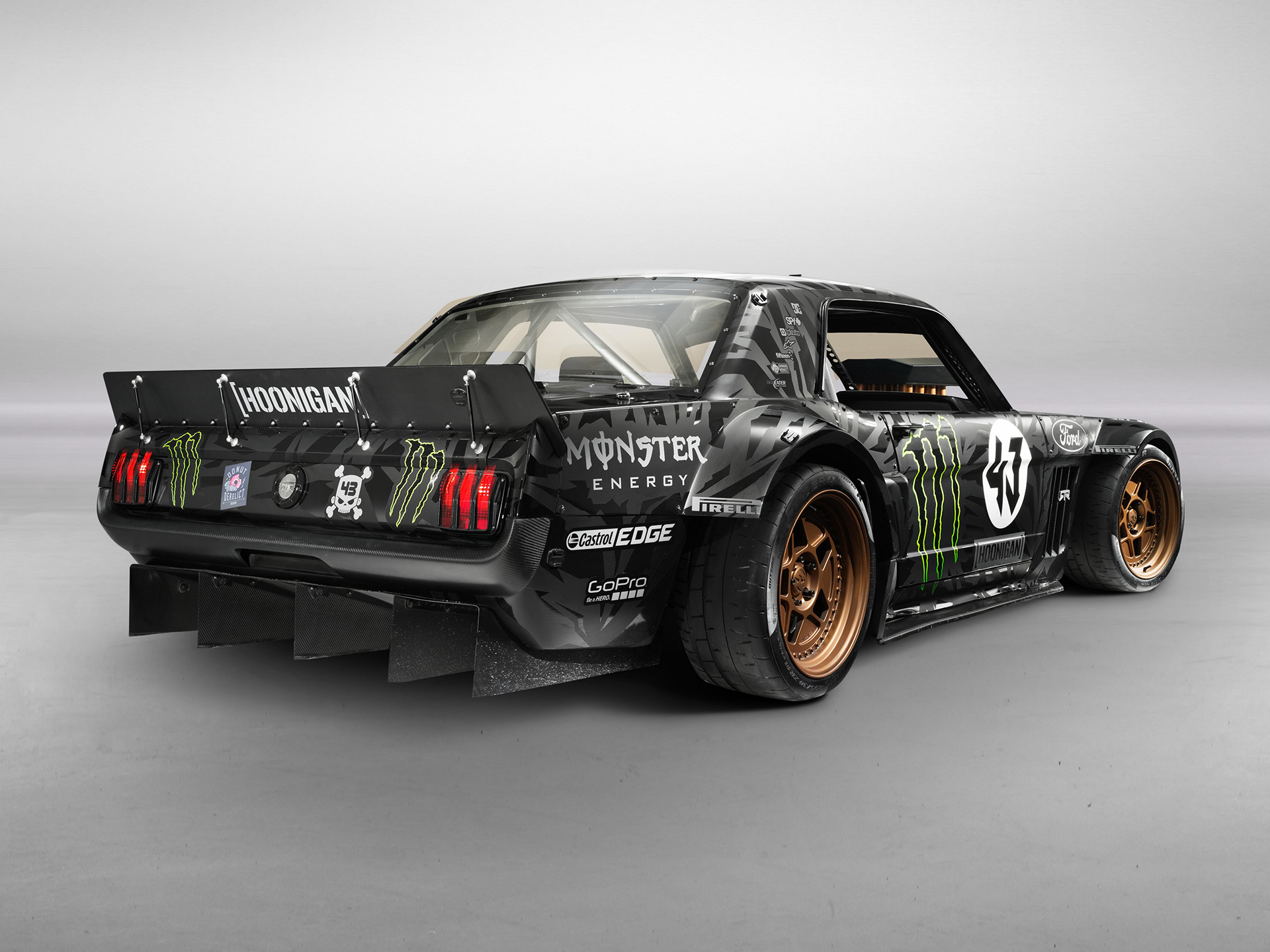 1965 Ford Mustang Hoonicorn RTR - 2015 - profil arrière / rear side-face