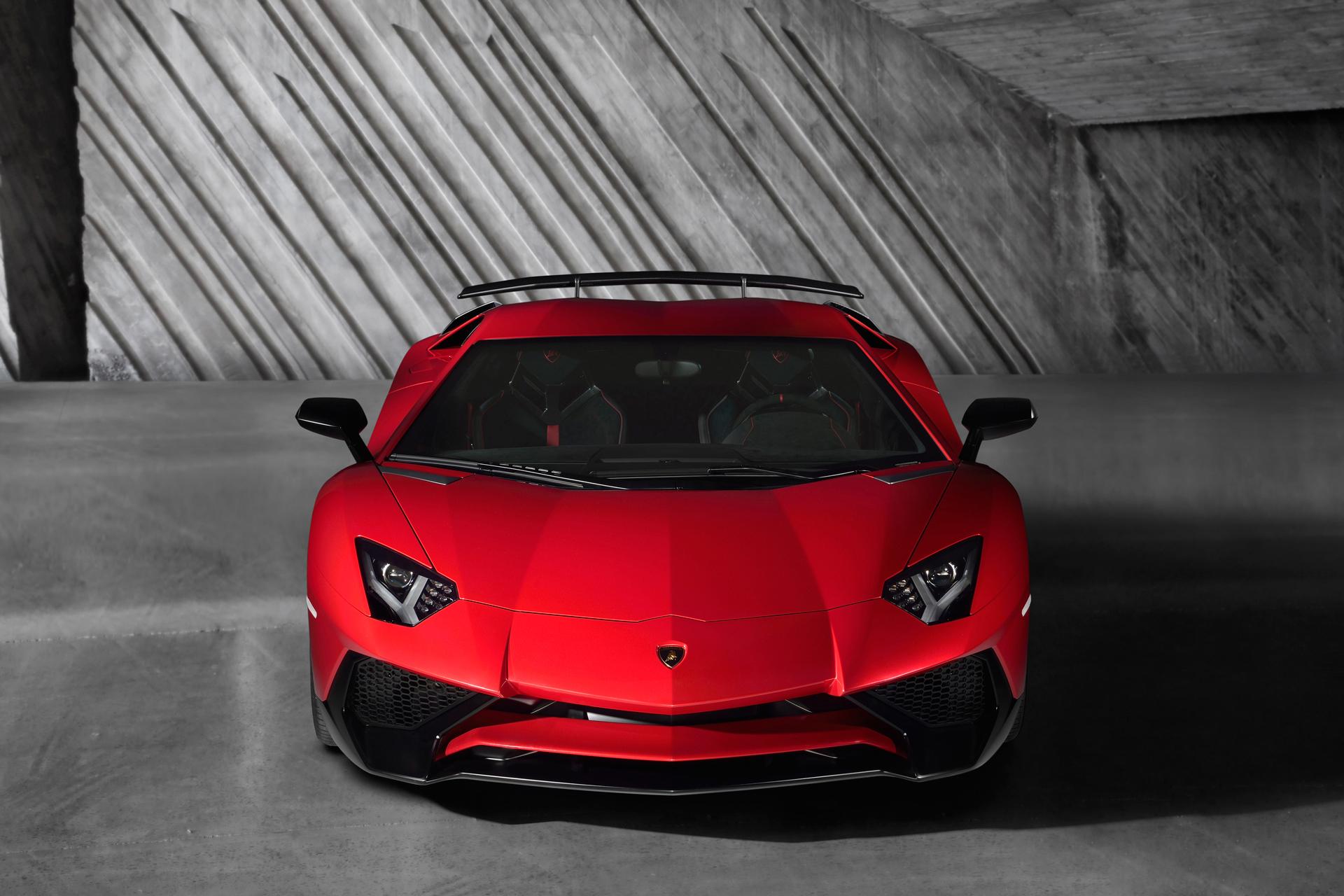 Lamborghini LP750-4 Superveloce - face avant