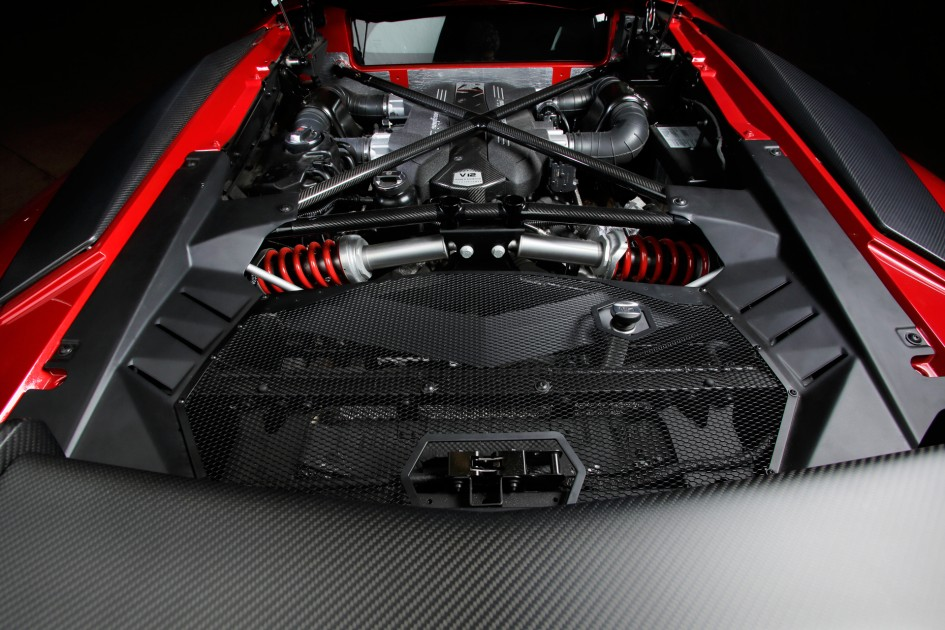 Lamborghini LP750-4 Superveloce - moteur V12