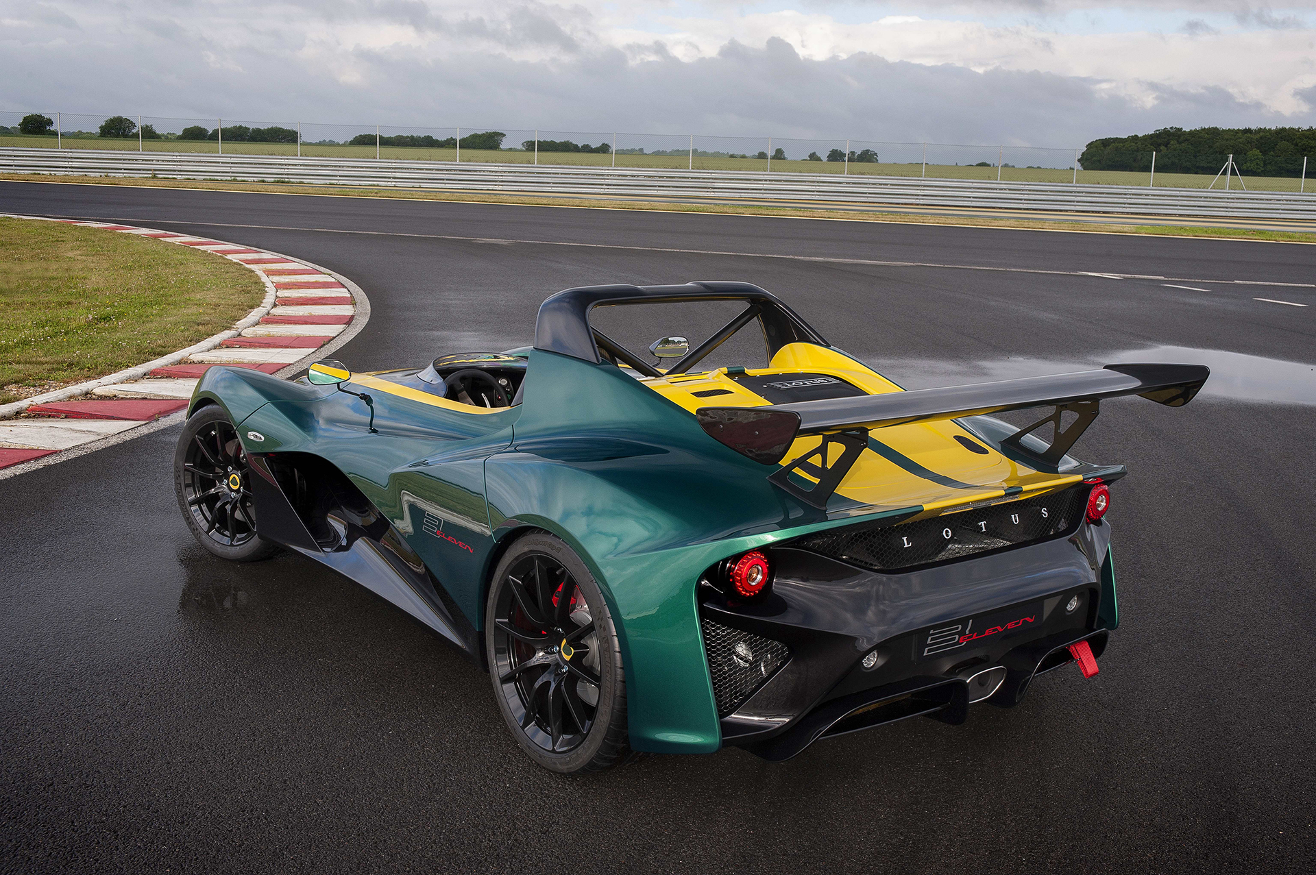 Lotus Cars 3-Eleven - profil arrière / rear side-face