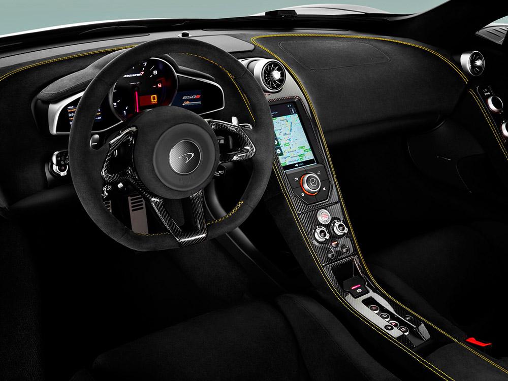 Cockpit - McLaren 650S