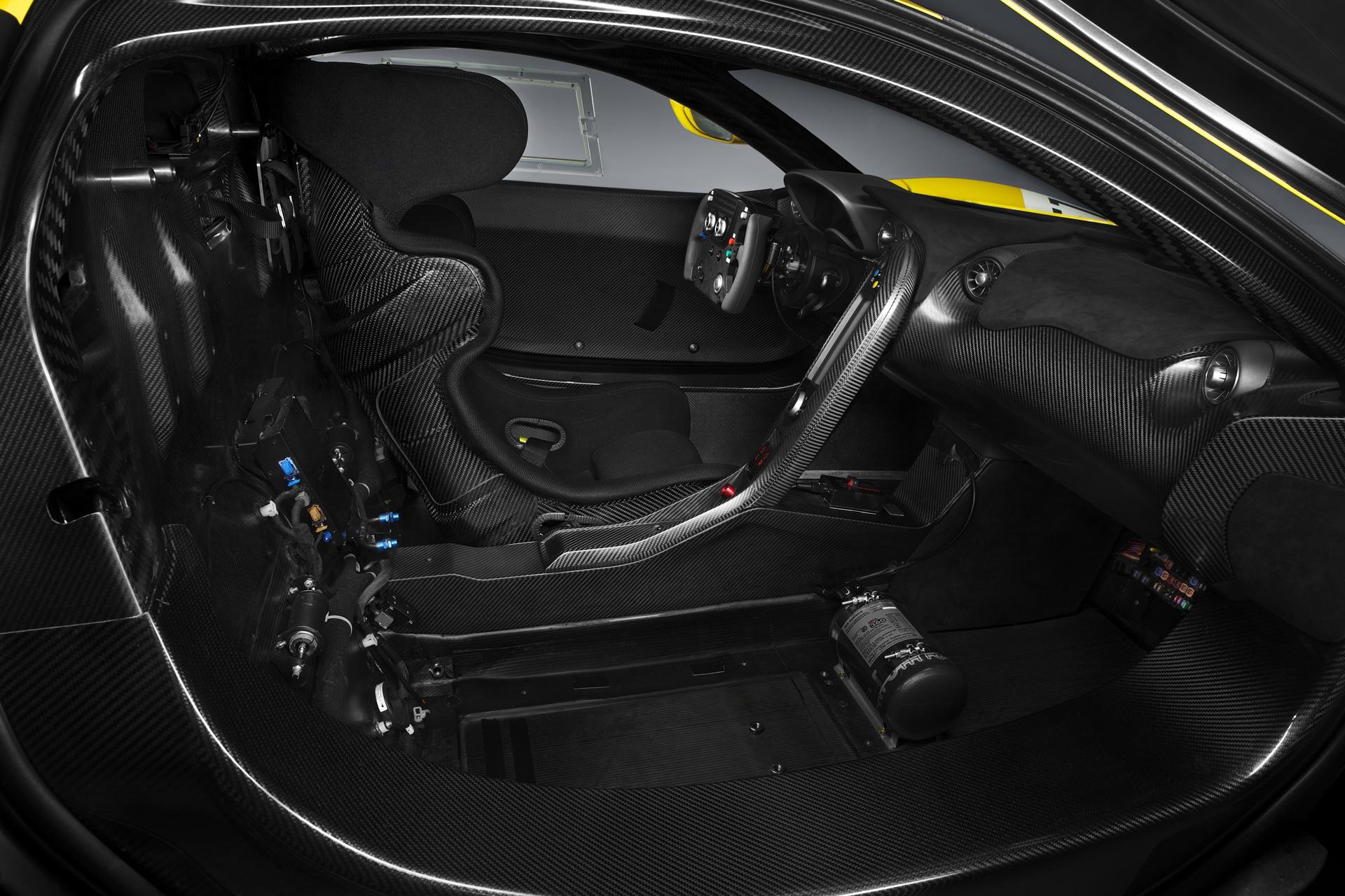 McLaren P1 GTR - 2015 - intérieur