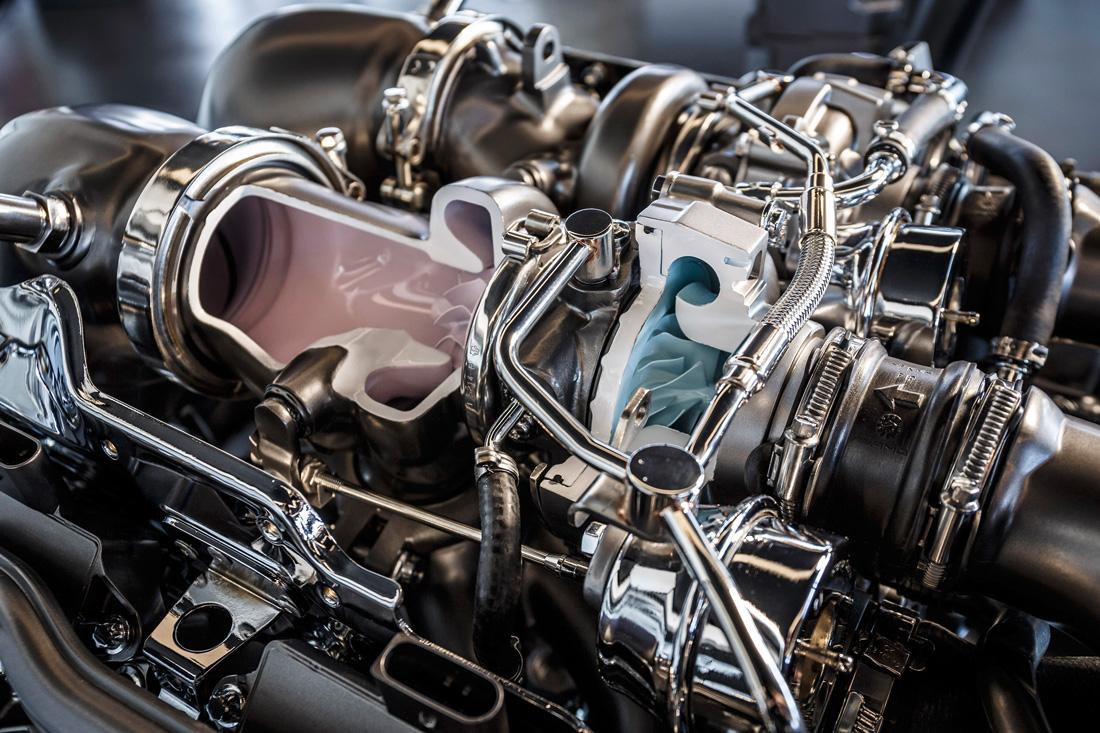 Moteur V8 4.0 litres biturbo - inside - Mercedes-Benz AMG