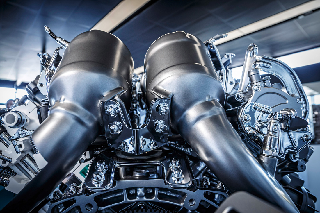 Moteur V8 4.0 litres biturbo - up - Mercedes-Benz AMG