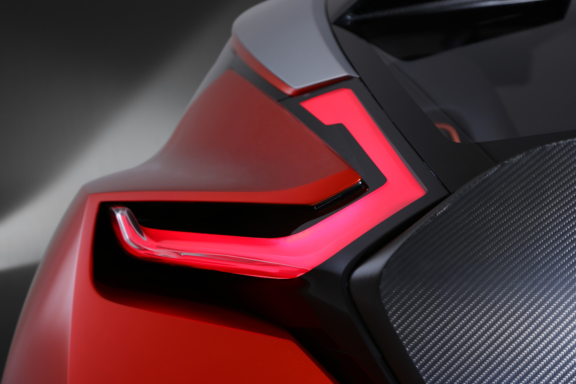 Nissan Gripz Concept - rear light / optique arrière