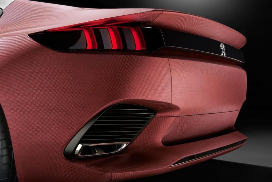 Feux arrière - Peugeot Exalt Concept