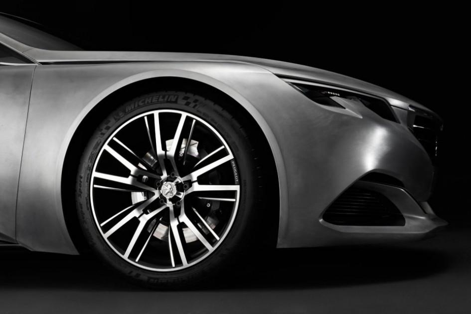Jante / Pneu Michelin - Peugeot Exalt Concept