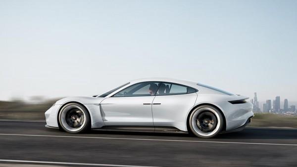 Porsche Mission E concept - side-face / profil
