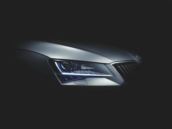 Škoda Superb 2015 - design optique avant