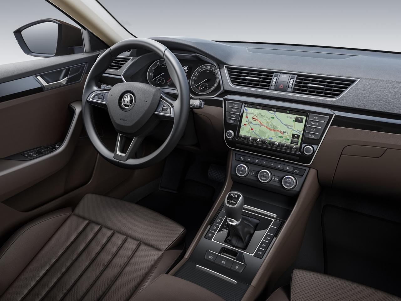 Škoda Superb 2015 - intérieur