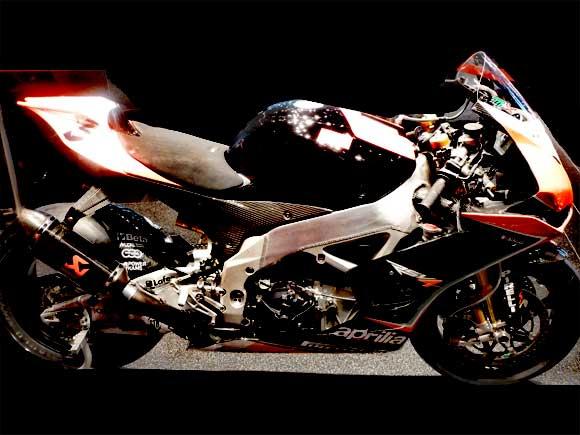 Aprilia SRV4 Superbike Alpha Roméo Mondial de l'Automobile Paris 2012