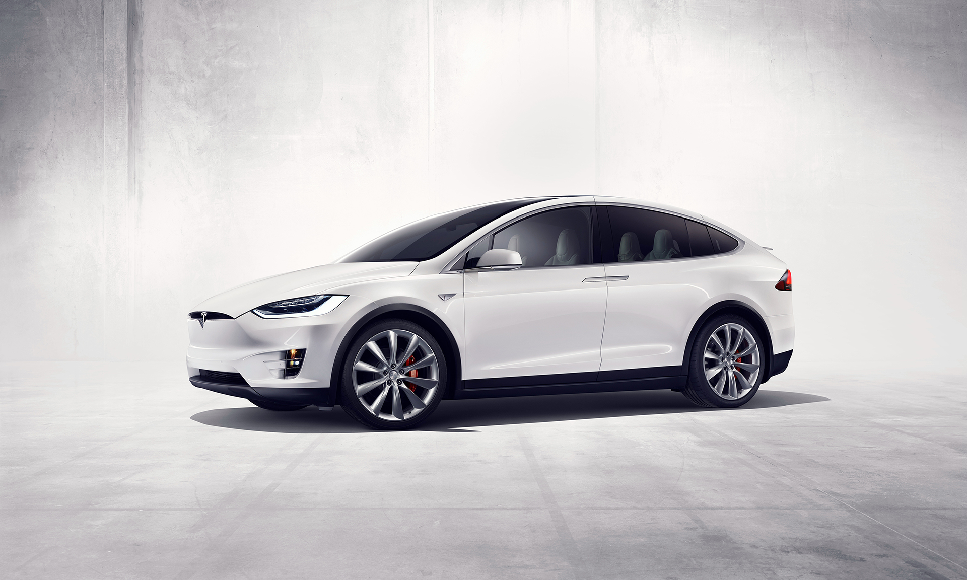 Tesla Model X - side-face / profil