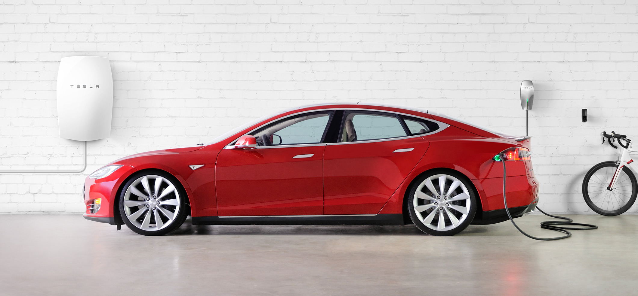 Tesla Motors Model S red  & Tesla Energy Powerwall